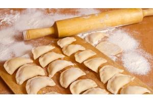 jak zrobić idealne ciasto na pierogi