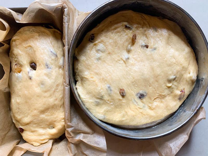 ciasto-drozdzowe-w-formie