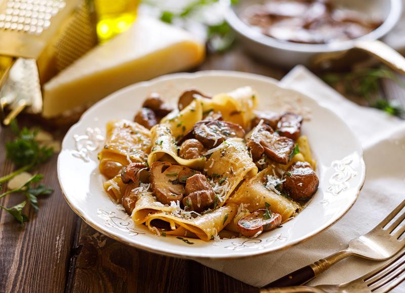 makaron-z-grzybami-na-obiad