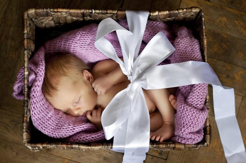prezent-z-okazji-narodzin-dziecka-pomysly