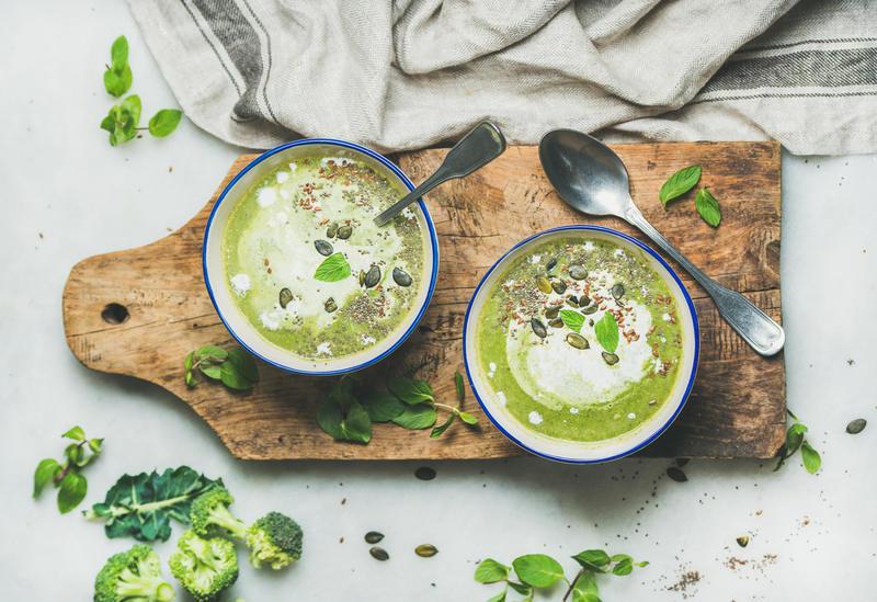 zupa-brokulowa-na-sylwestra-w-domu
